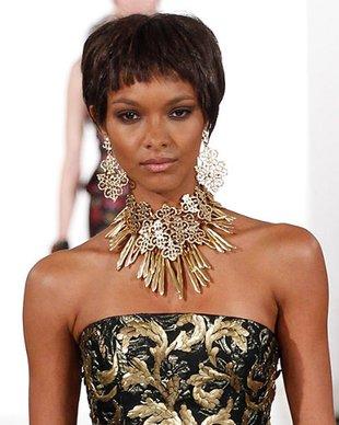 embedded_Oscar_de_la_Renta_fall_2014_necklace